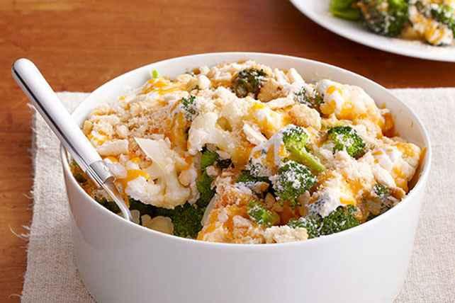 Receita de Brócolis gratinada com queijo e presunto