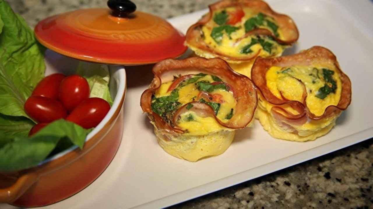 Receita de omelete de microondas com Peru
