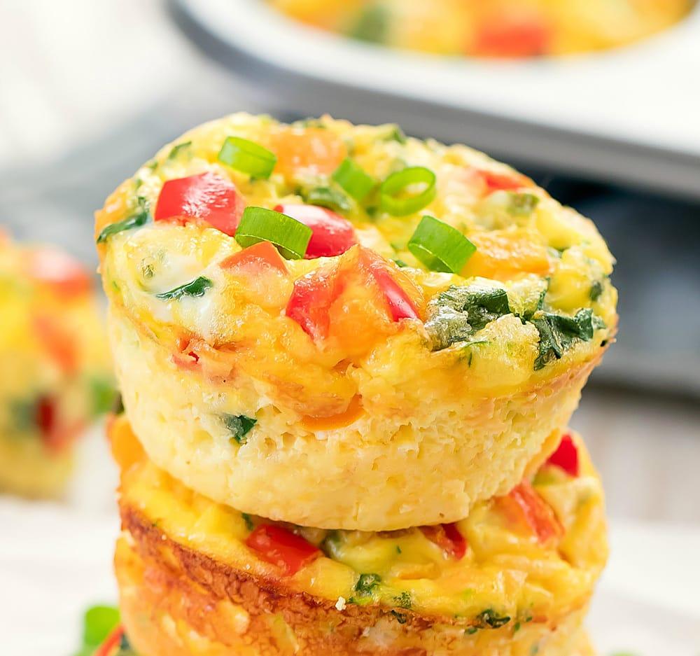Receita de omelete de microondas em Forma de Bolinho