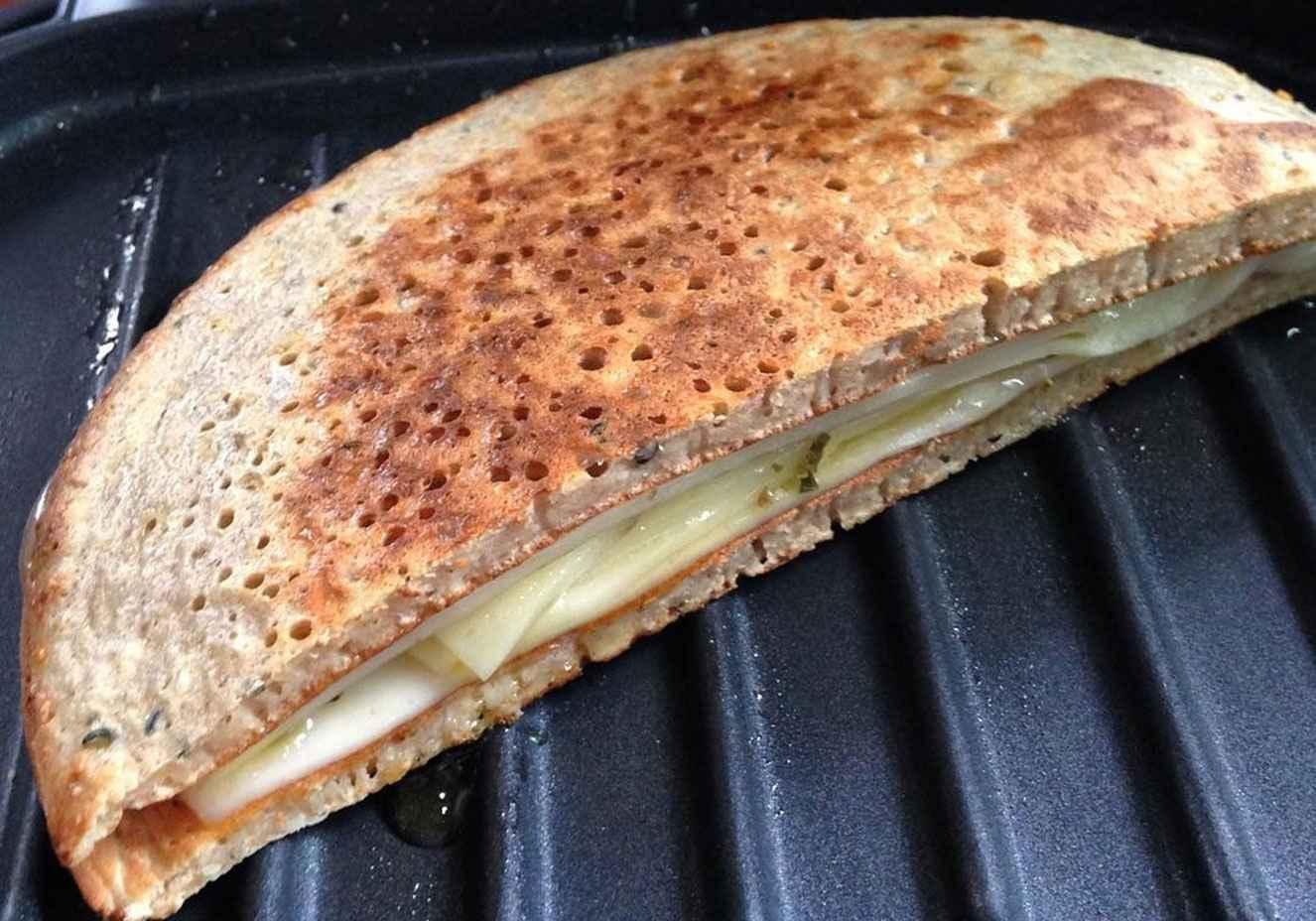 Receita de pão low carb de frigideira  simples