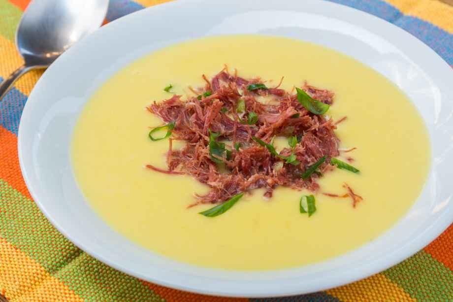 Receita de Sopa de Mandioquinha com carne de sol