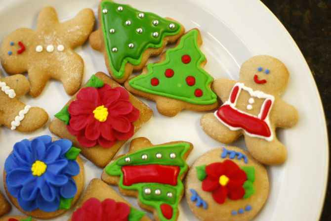 Receita de Bolacha de Natal com Mel e Decoração