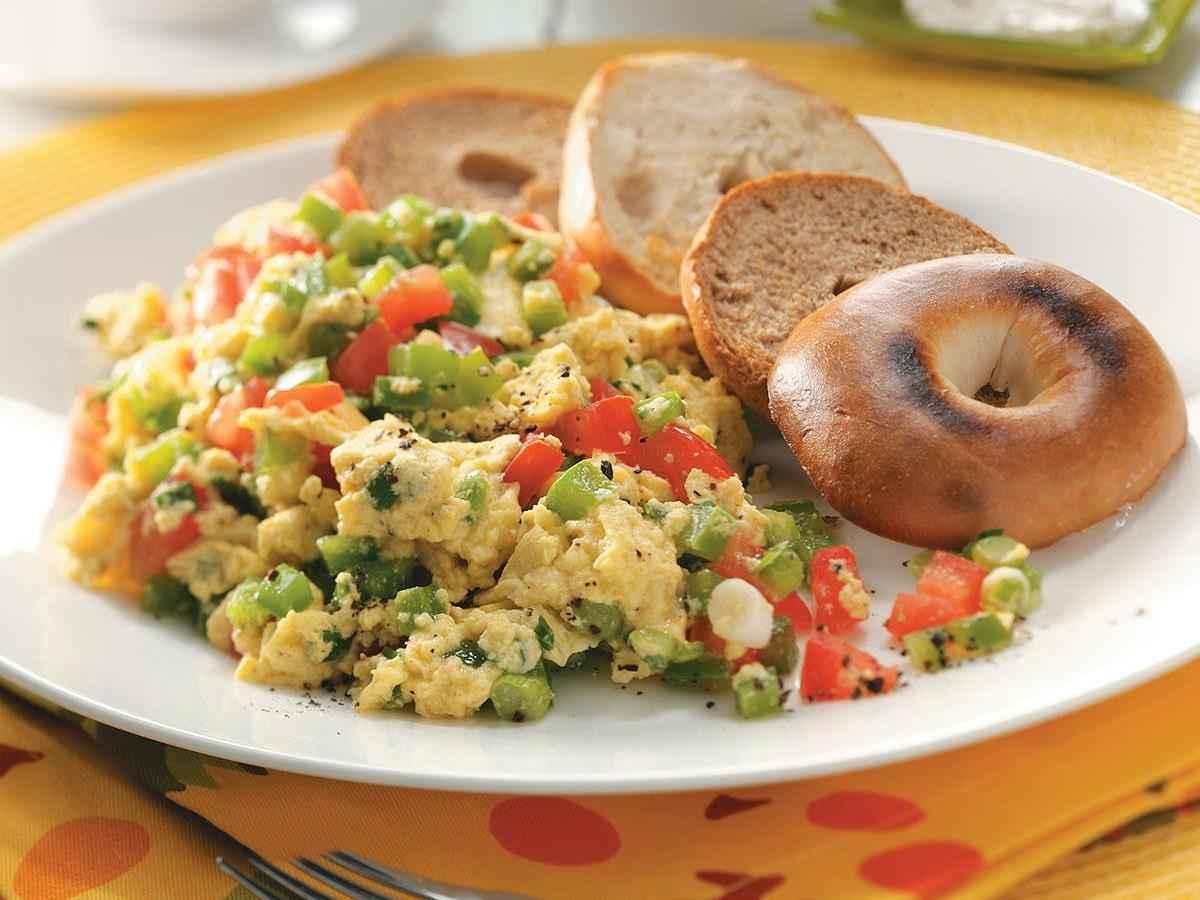 Receita de Ovos Mexidos com Legumes da Vovô