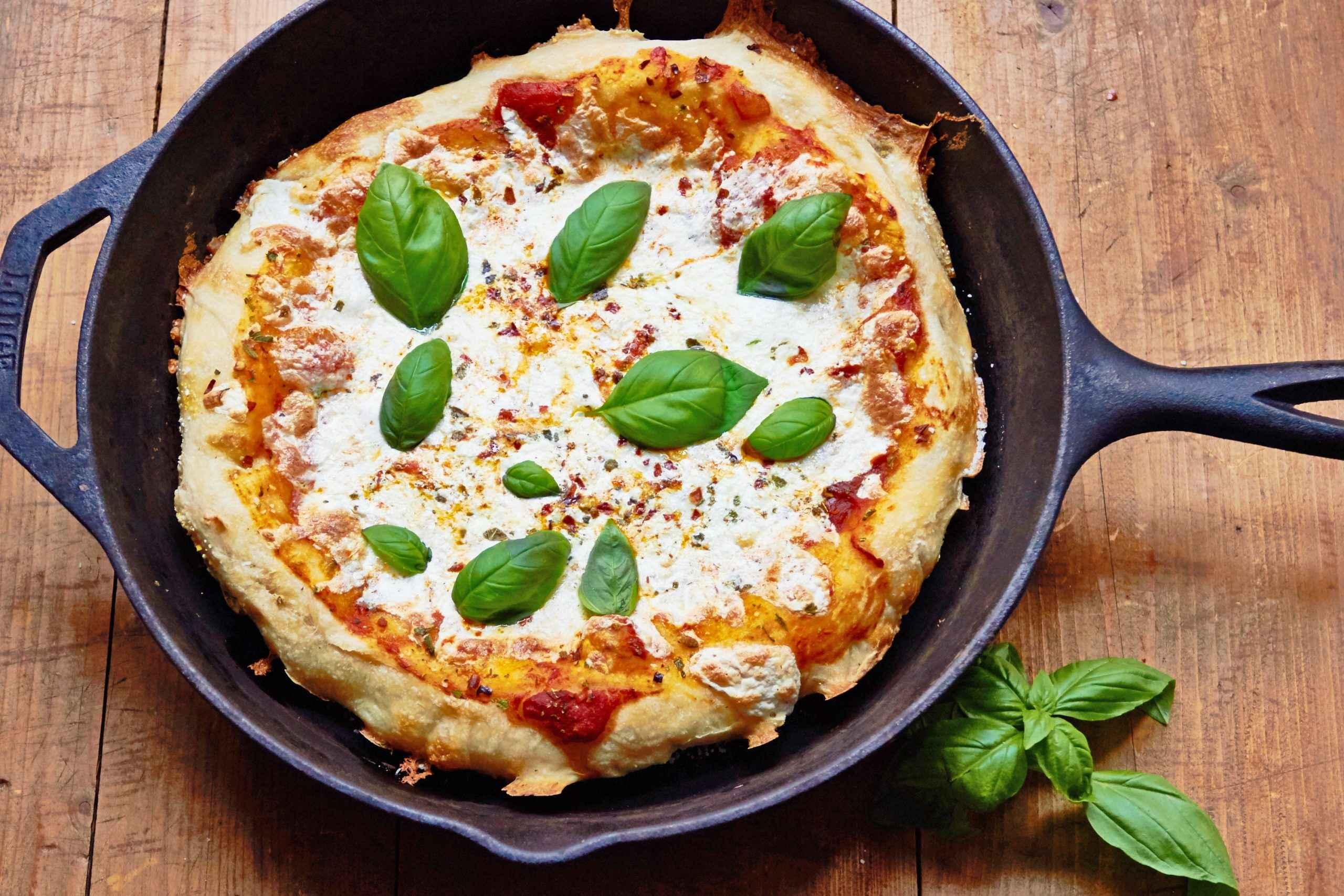 Receita de Pizza de Frigideira Fácil