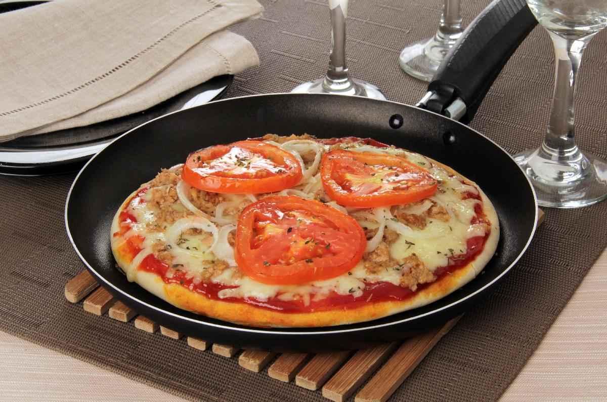 Receita de Pizza de Frigideira de Atum Delicioso