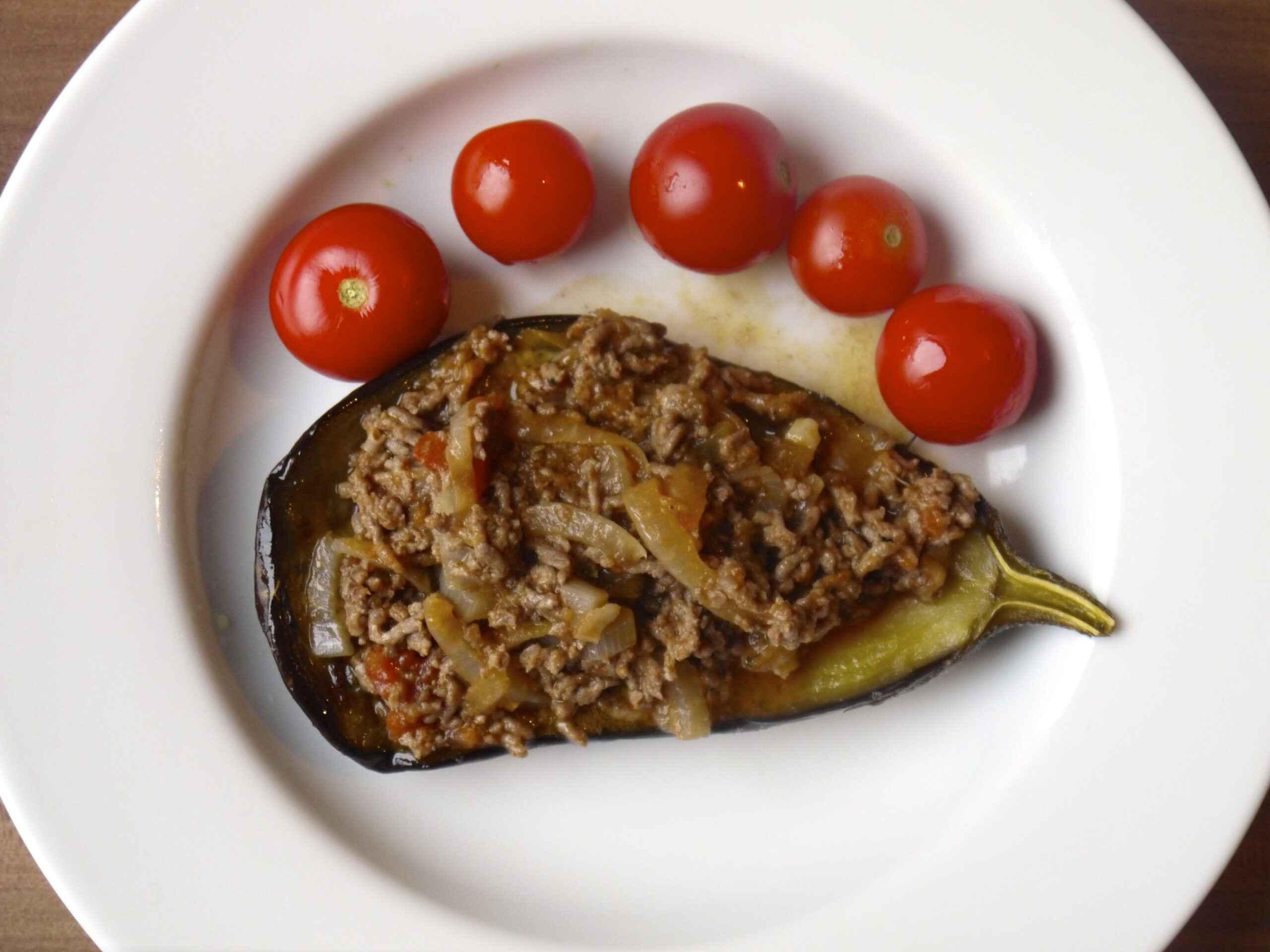 Receita de berinjela recheada com carne moída Diferente