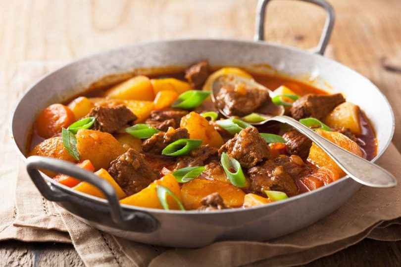 Janta rápida e Fácil de Carne de Panela com Batata