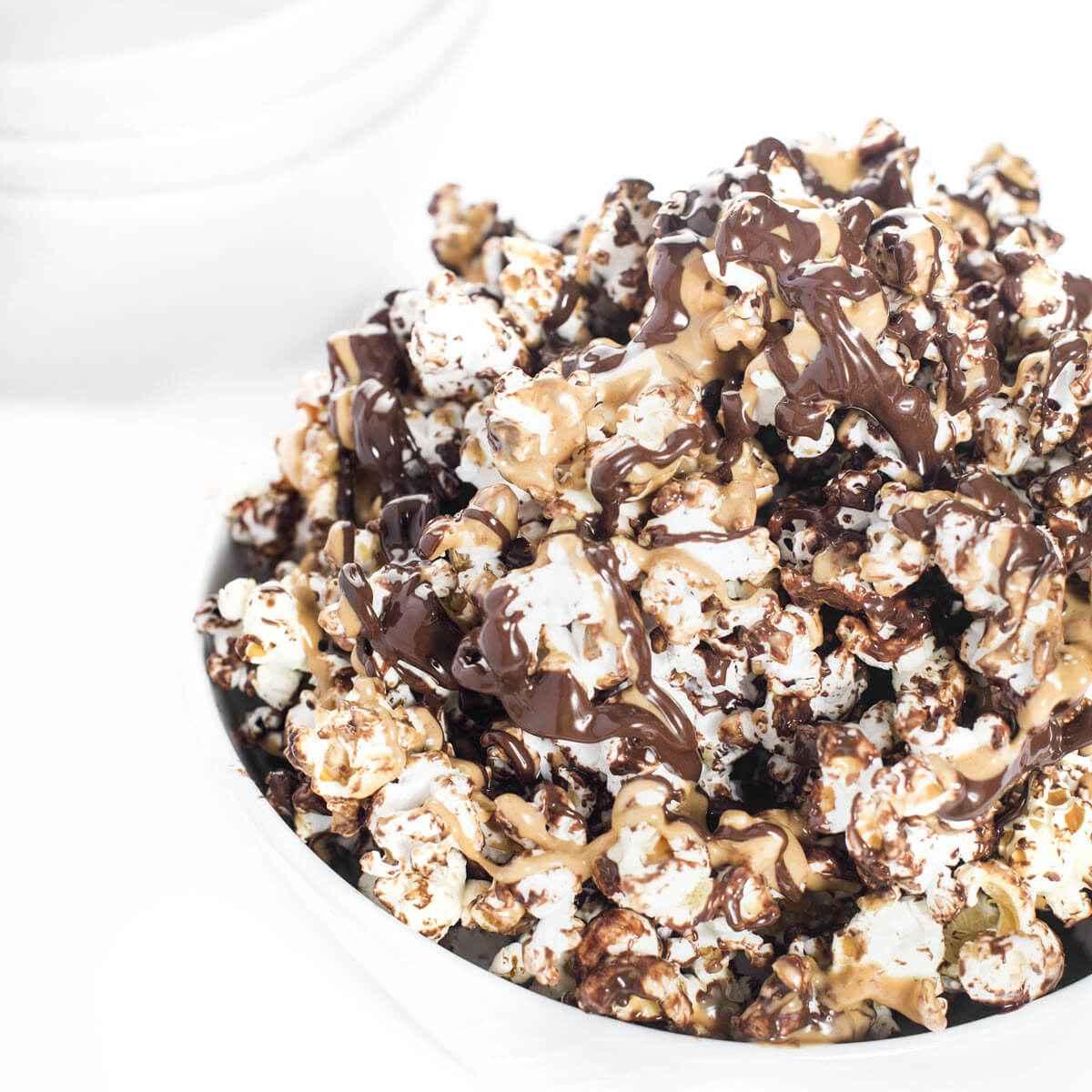 Receita de Pipoca de Chocolate e Leite Ninho
